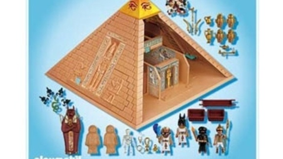 Toys For Grandparents House : Playmobil pyramid set grandparents