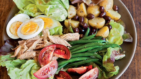 Classic Salade Nicoise - Grandparents.com