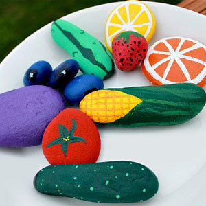 10 artsy rock crafts for kids for Crafts made from rocks
