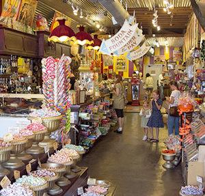 10 Best Candy Shops Grandparents Com