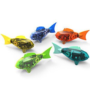 9 toys that make travel more fun for Aquabot smart fish
