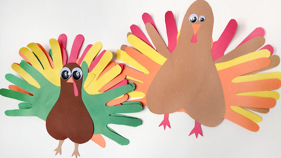 Kids Love Making This Colorful Thanksgiving Craft