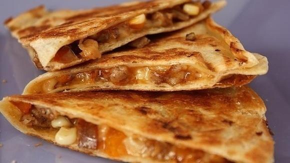 ... _recipe-quick-apple-sausage-quesadillas_featuredImage.jpg