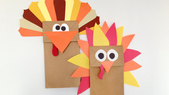This Cheap And Easy Thanksgiving Turkey Craft Can Stand On Its Own Or Star In A Colorful Holiday Themed Puppet Show