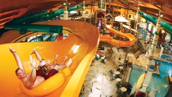 Splashing Around At The Great Wolf Lodge Grandparents Com